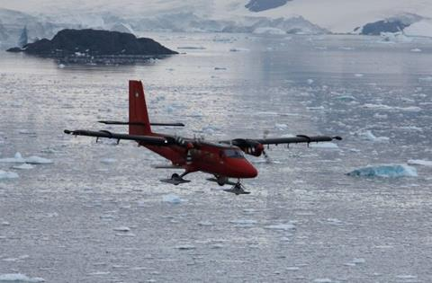 A Twin Otter plane belonging to the British Antarctic Survey en route to Antarctica's Thwaites Glacier. (Dave Porter/Lamont-Doherty Earth Observatory)