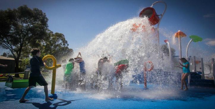 swan hill splash park