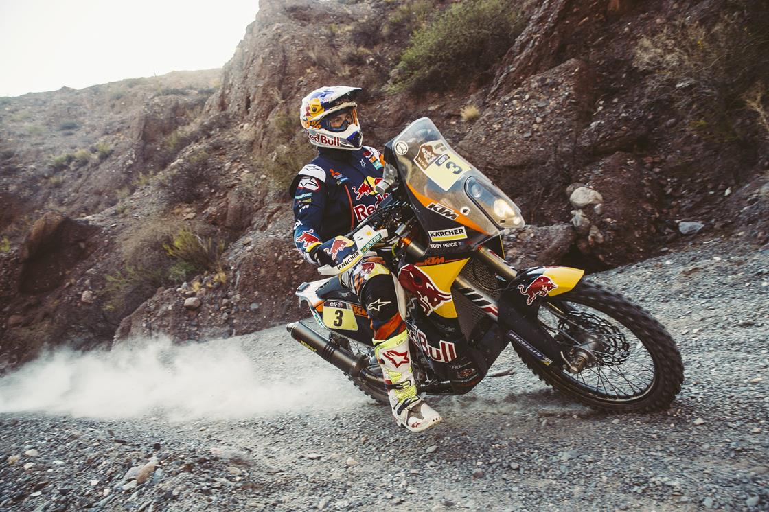Choose your own Dakar adventure with our immersive coverage