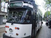 Tram 4 terug over de Korenmarkt