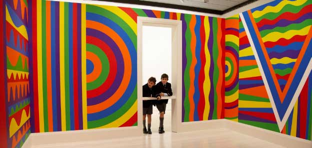 Sol LeWitt, Wall drawing #1091: arcs, circles and bands (room)