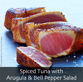 Spiced Tuna with Arugula & Bell Pepper Salad