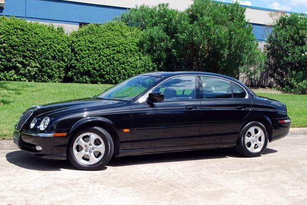 2000 Jaguar S Type 3.0 Sedan