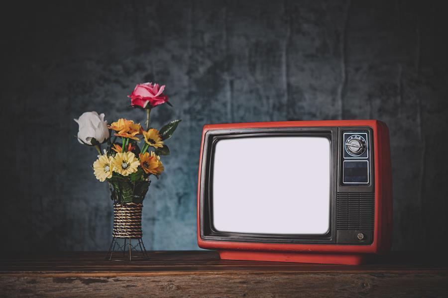 Sinds 2015 hebben acteurs en muzikanten recht op een vergoeding voor doorgifte via de kabel.