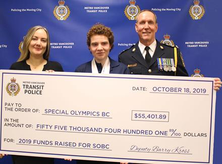 SOBC – Ridge Meadows athlete Katherine St. Amand, SOBC's Charlotte Taylor, and Transit Police Deputy Chief Officer Barry Kross