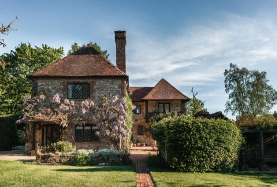 Fernden Lane | Unique Homestays