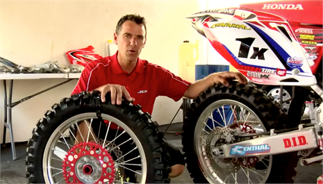 Johnny Campbell featured in new JCR/Honda pit video
